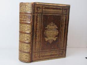 Book; The Holy Bible 'Y Bibl Cysegr-lan'
