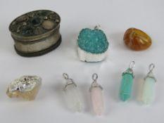 A quantity crystal 'healing' jewellery i