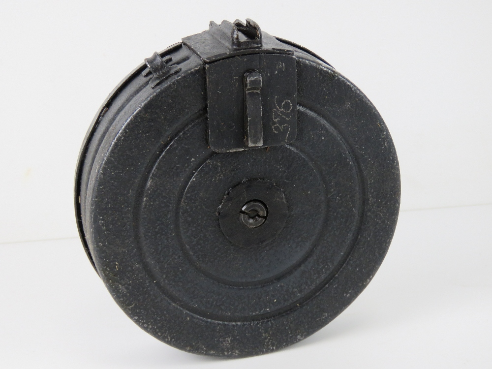 A PPSH-41 drum magazine together with a PPS-43 stick magazine. Two items. - Image 5 of 6