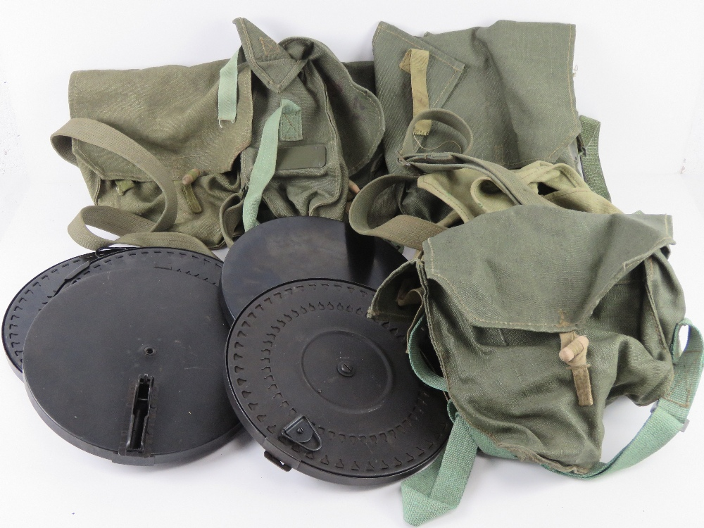 Five DP28 magazines together with five DP28 magazing pouches.