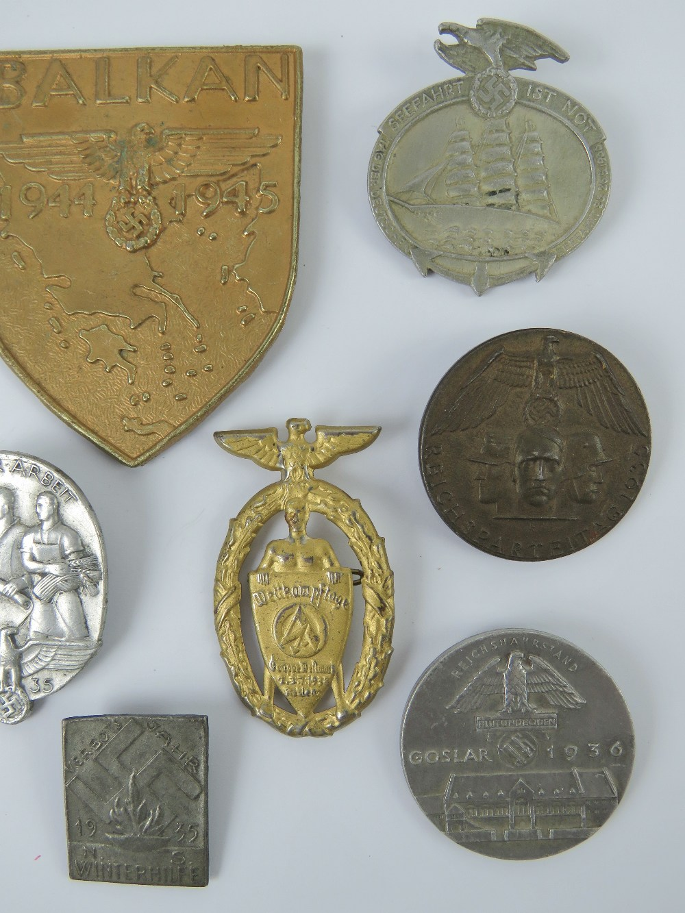 A quantity of assorted WWII German day badges including; Balkan 1944 - 1945, Seefahrt 1st Not, - Image 3 of 6