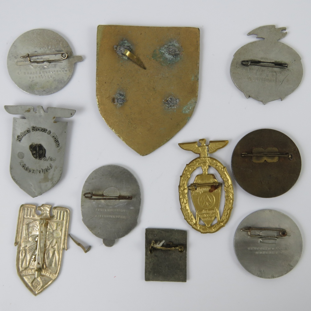 A quantity of assorted WWII German day badges including; Balkan 1944 - 1945, Seefahrt 1st Not, - Image 4 of 6