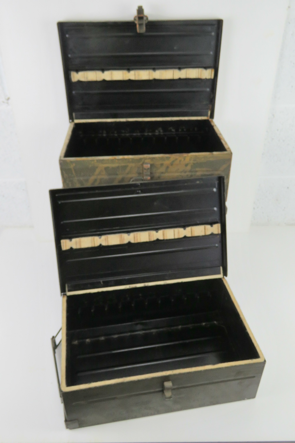 A quantity of four Italian 7.62 Bren magazines transit boxes. - Image 3 of 4