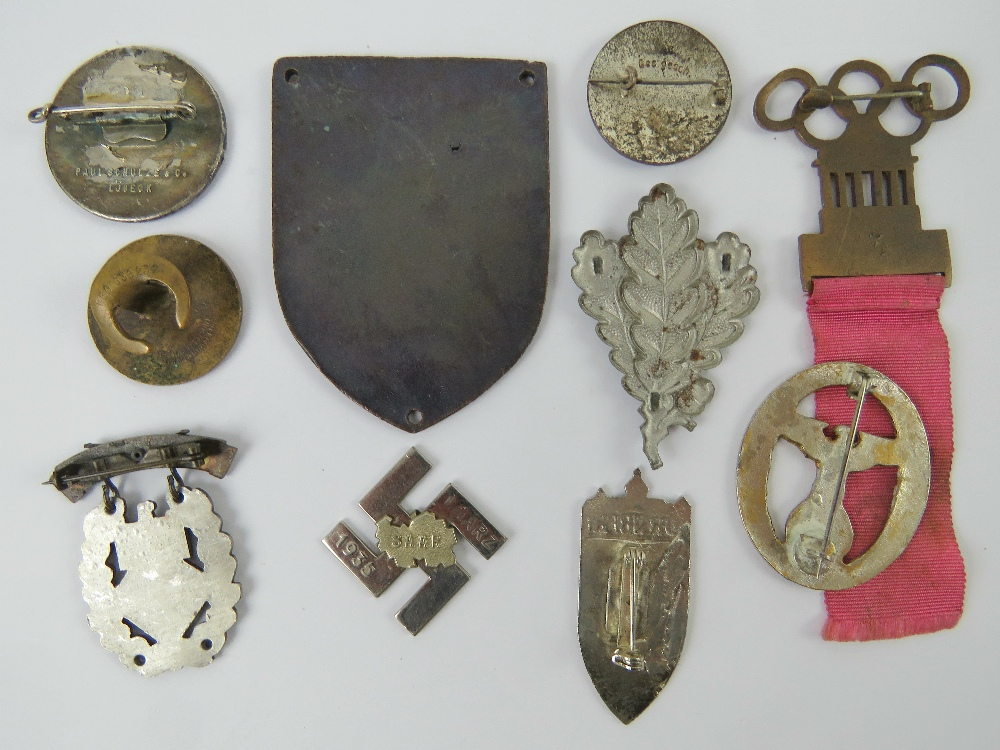 A quantity of assorted WWII German day badges including; 1944 Warschau, 1936 XI. - Image 4 of 7