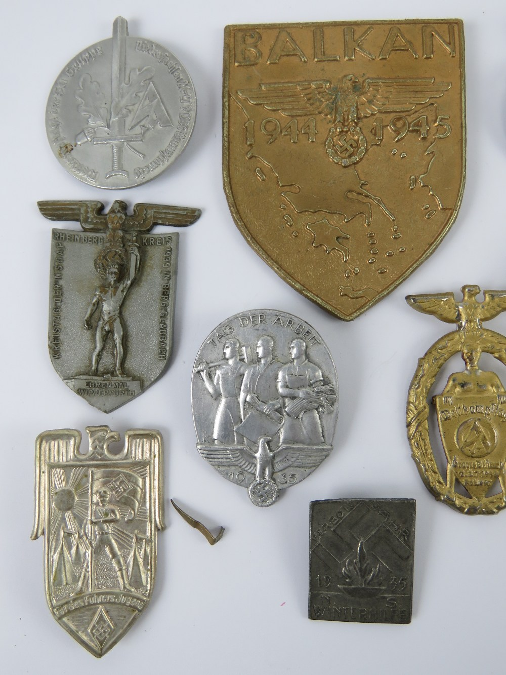 A quantity of assorted WWII German day badges including; Balkan 1944 - 1945, Seefahrt 1st Not, - Image 2 of 6