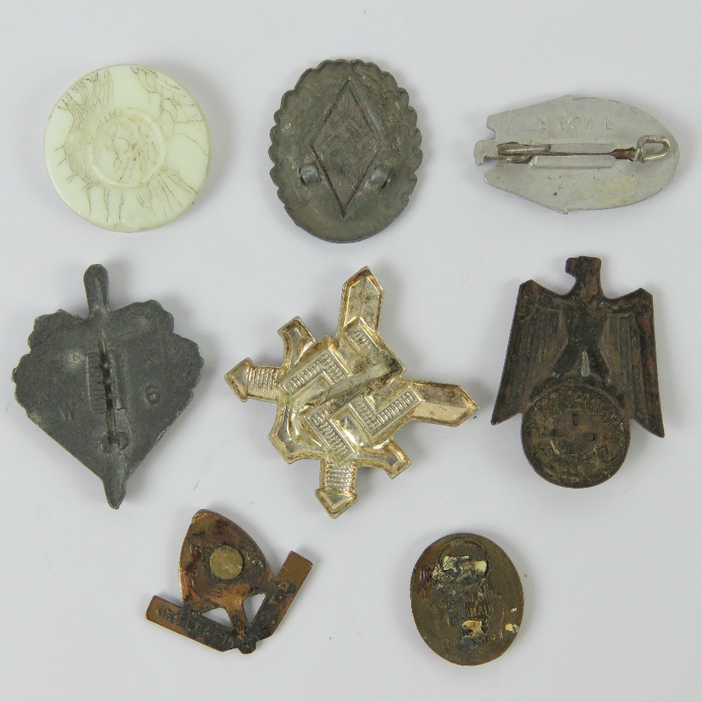 Eight assorted WWII German small day badges. - Image 2 of 5