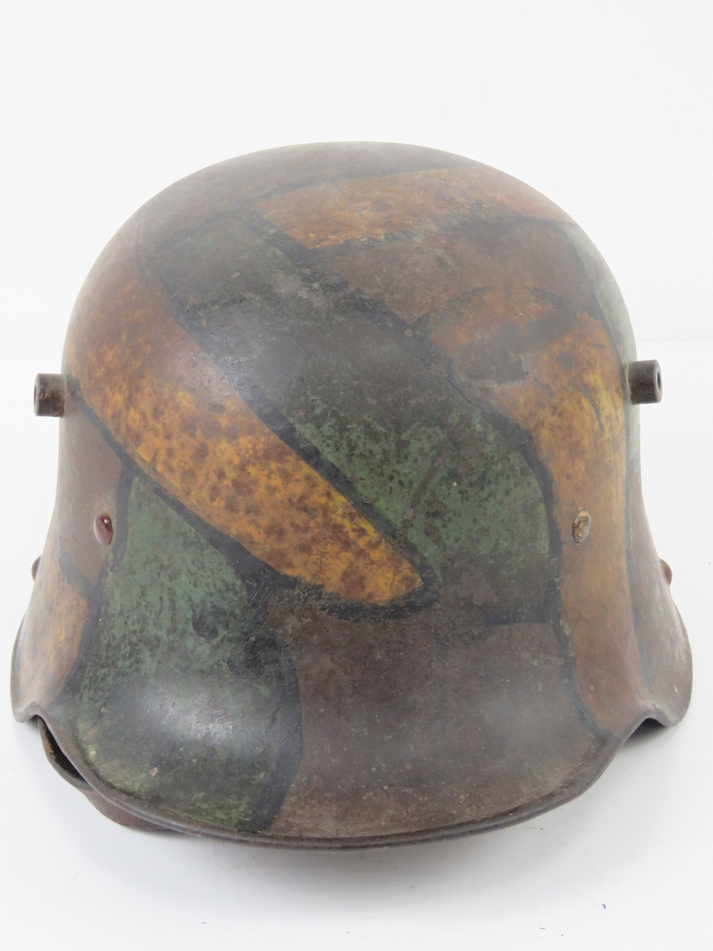 A WWI German M1916 snipers camouflage helmet having E.T. - Image 4 of 8