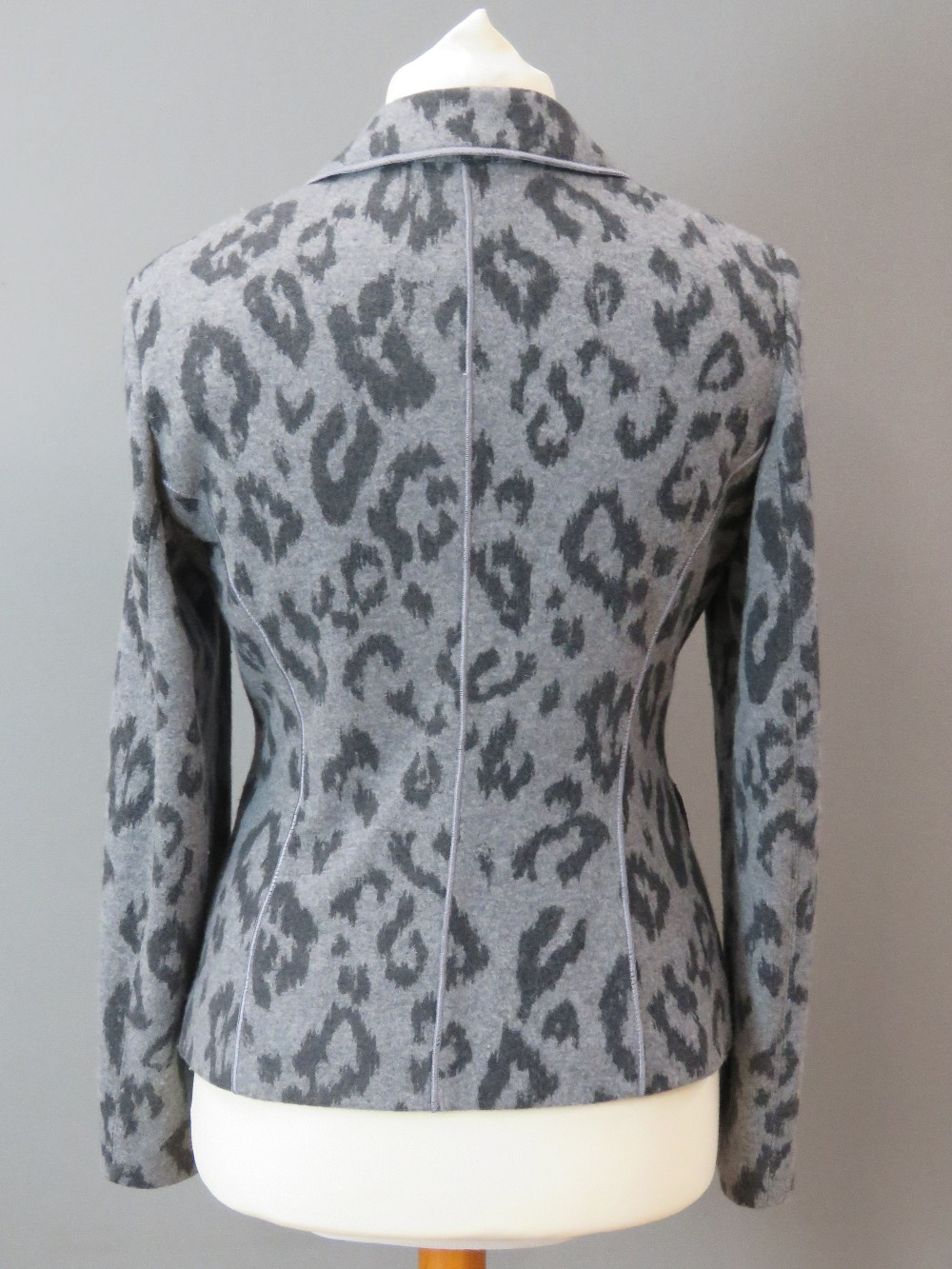Betty Barclay; Ladies jacket and trouser - Image 9 of 9