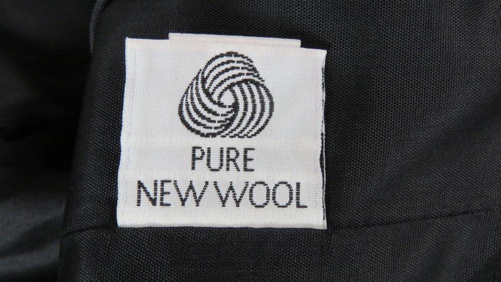 Viyella; 100% pure new wool ladies jacke - Image 7 of 7