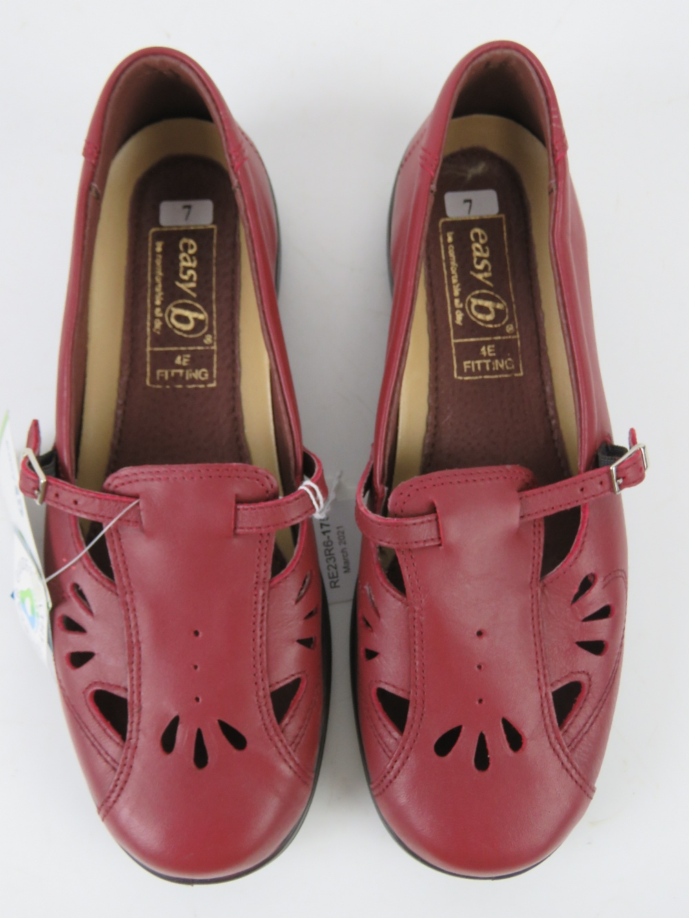 A pair of 'as new' red leather shoes by - Image 2 of 3