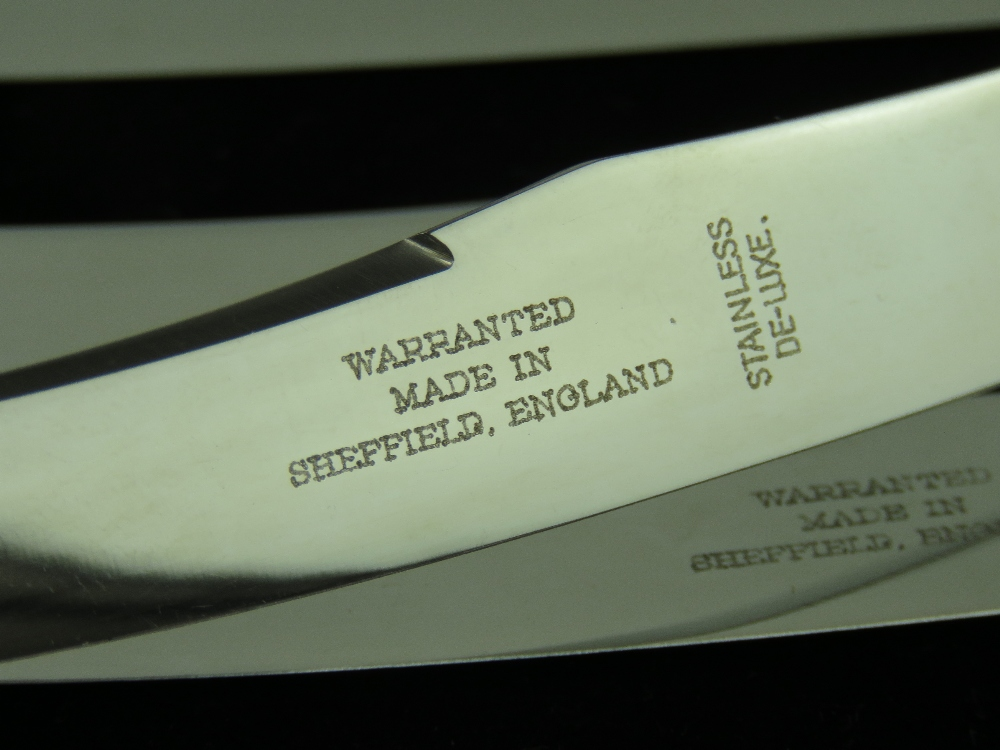 A set of HM silver handled butter knives in fitted box, hallmarked Sheffield 1937. - Image 4 of 4