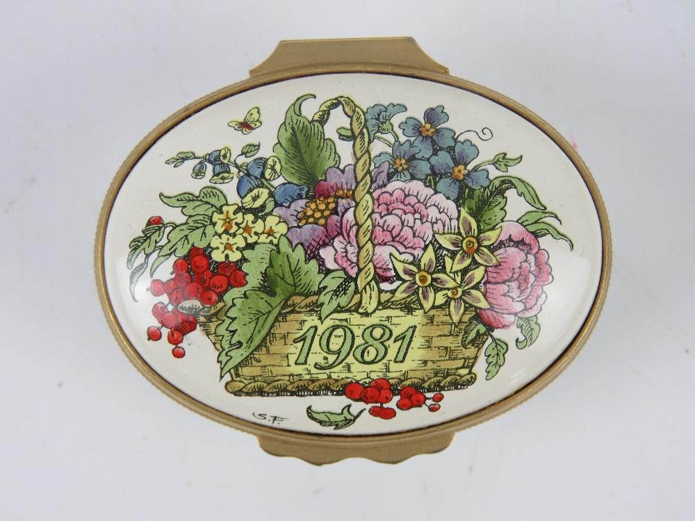 A Halcyon Days enamel trinket box '1981 A Year to Remember', - Image 3 of 7