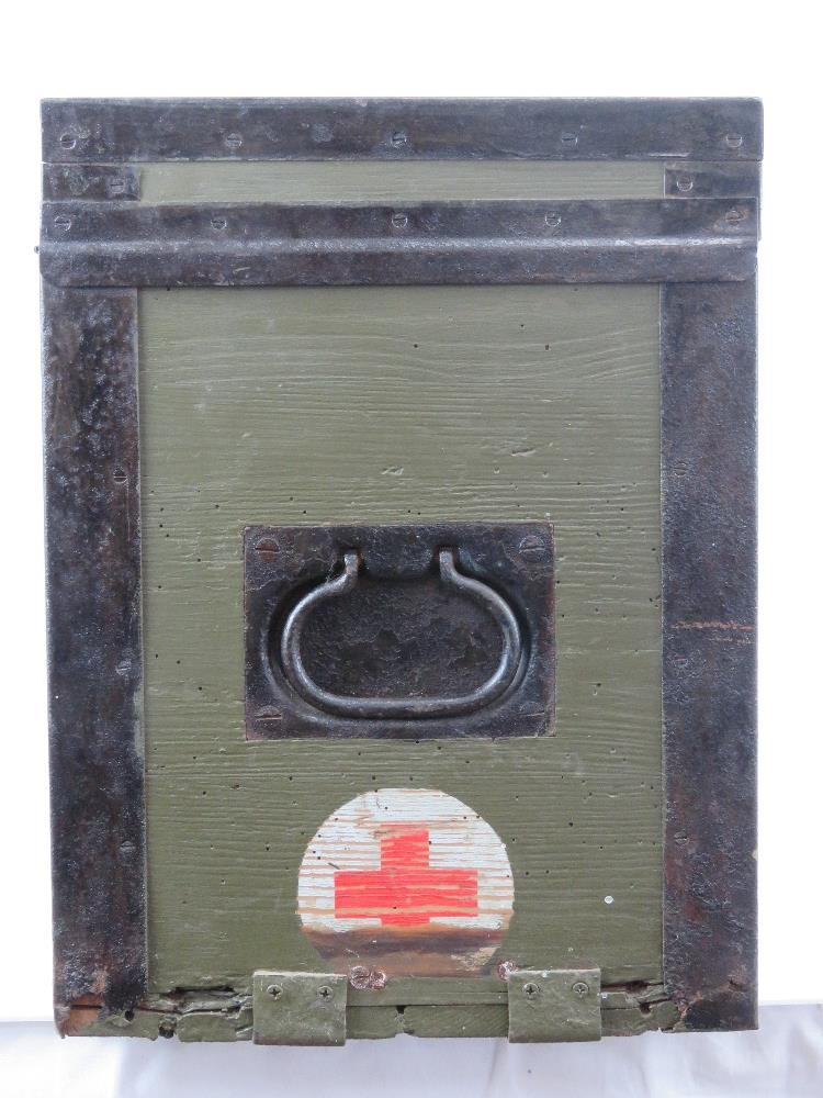 A WWII German Red Cross wooden transit case having metal end handles and bearing label Bartsch - Image 5 of 6
