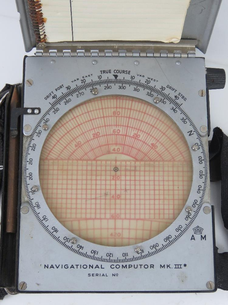 A WWII British navigational computor Mark III in original packaging. - Image 5 of 7