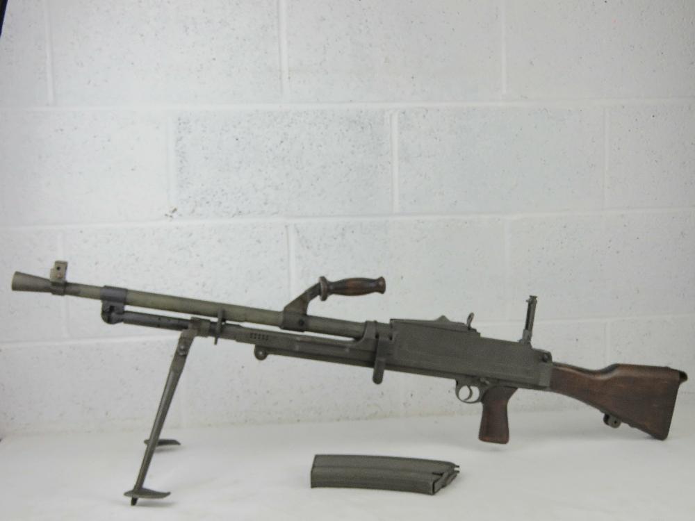 A rare Italian Breda Bren gun set having all matching numbers; a deactivated Italian Breda Bren . - Image 9 of 10