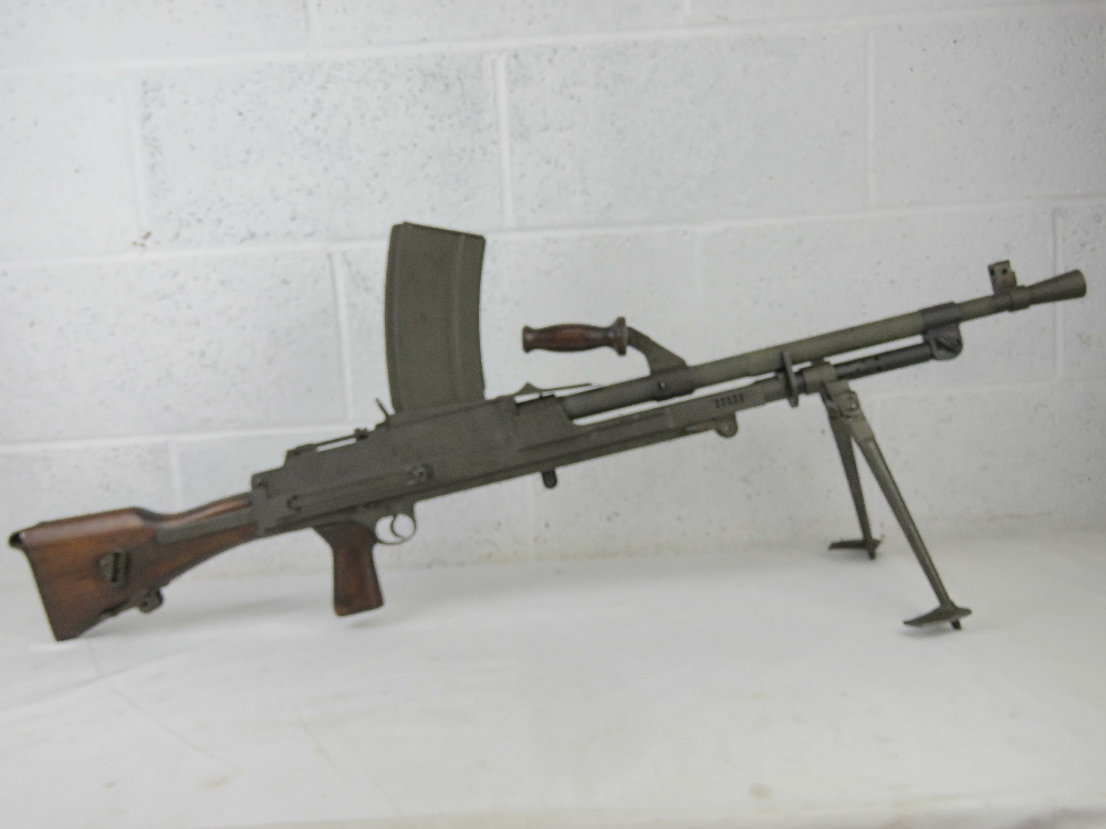 A rare Italian Breda Bren gun set having all matching numbers; a deactivated Italian Breda Bren . - Image 5 of 10