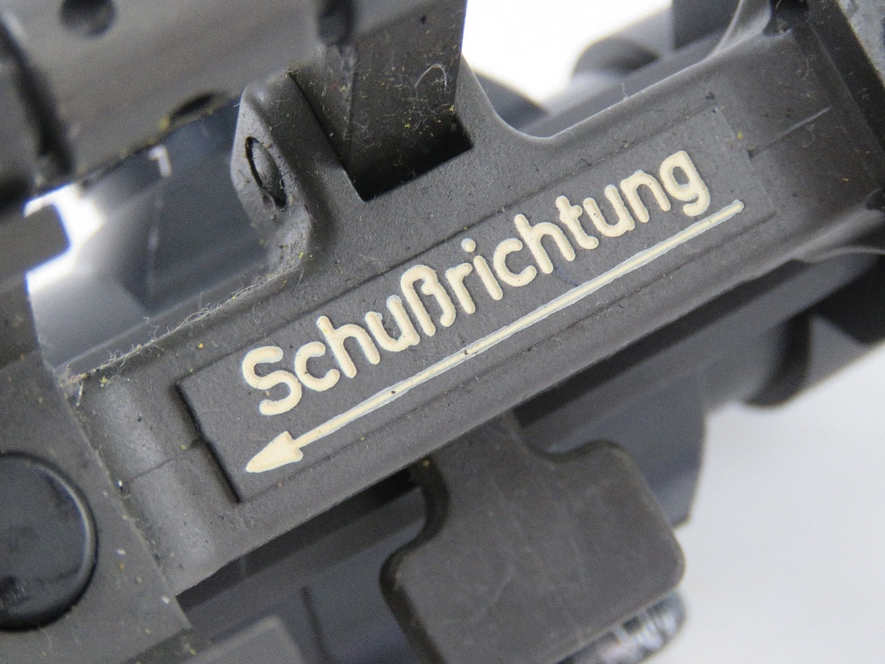 A Hakko Red Rot Combat Optic on Heckler and Koch quick detach STANAG claw mount. - Image 4 of 6