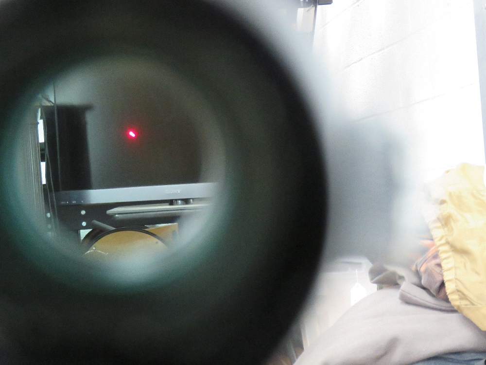 A Hakko Red Rot Combat Optic on Heckler and Koch quick detach STANAG claw mount. - Image 6 of 6