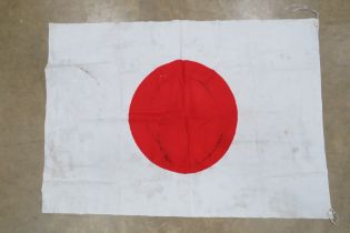 A WWII Japanese cotton flag, approx 101 x 72cm.