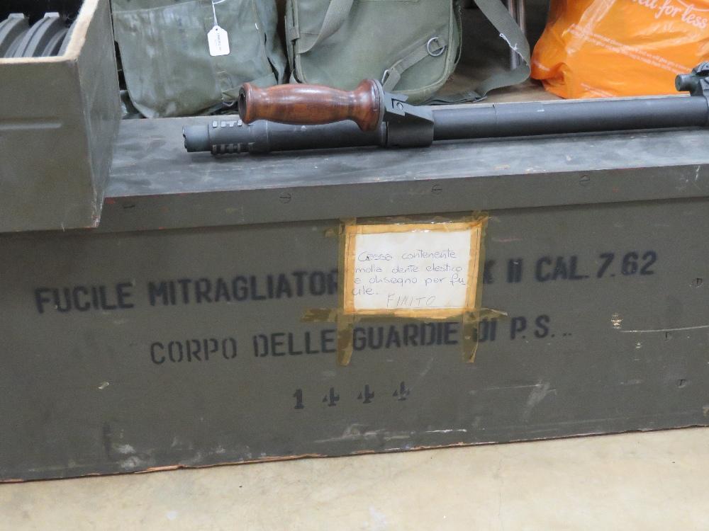 A rare Italian Breda Bren gun set having all matching numbers; a deactivated Italian Breda Bren . - Image 2 of 10