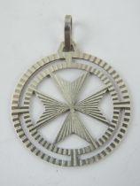 A large silver Maltese Cross pendant, having Malta 917 hallmark upon, 3.2cm dia.
