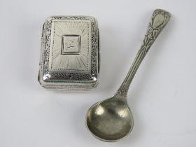A George III silver gilt vinaigrette hallmarked Birmingham 1817 with makers mark for John Shaw,
