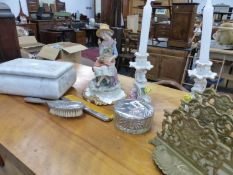 A MARBLE CARVED TRINKET BOX, A BRASS LETTER RACK, ETC.