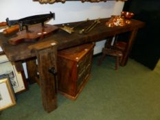 AN ANTIQUE RUSTIC LONG WORKBENCH WITH FITTED VICE 200 X 78 C HIGH