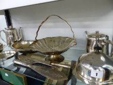 A QUANTITY OF VARIOUS SILVER PLATED WARES.