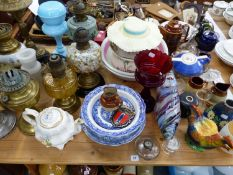 8 VARIOUS ANTIQUE AND LATER OIL LAMPS, OPAQUE GLASS SHADES,WASHBOWLS, 2 B & W STANDS, GLASS FISH,