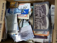 A QUANTITY OF STEREOSCOPIC VIEWER CARDS, AND LOOSE COLOUR POSTCARDS, TEA CARDS, ETC.