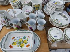 A GROUP OF VARIOUS PORTMEIRION DINNERWARE'S, BOWLS ETC.