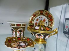 A ROYAL CROWN DERBY , ANT CHRYSANTHEMUM PLATE AND 3 IMARI PIECES