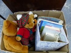 A COLLECTION OF VARIOUS TEDDY BEARS AND RELATED BOOKS.