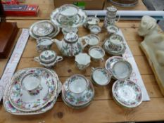 A ROYAL CROWN DERBY PART TEA SERVICE INDIAN TREE PATTERN, TOGETHER WITH SIMILAR COALPORT PIECES ETC.