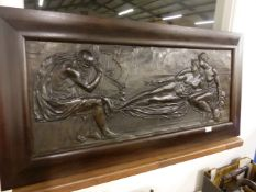 A LARGE ANTIQUE RELIEF PATINATED PANEL OF A CLASSICAL SCENE.