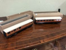 A BOXED ACE TRAINS LNER 0 GAUGE BUFFET CAR TOGETHER WITH A BOXED LNER CORRIDOR COACH