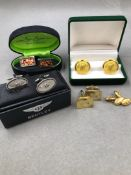 A PAIR OF 15ct YELLOW GOLD CUFFLINKS, TOGETHER WITH A PAIR OF BENTLEY MOTORCAR CUFFLINKS IN A FITTED