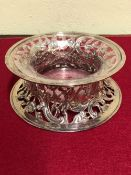 A HALLMARKED SILVER DISH RING COMPLETE WITH CLEAR GLASS LINER, DATED 1913 LONDON, FOR D & J WELLBY