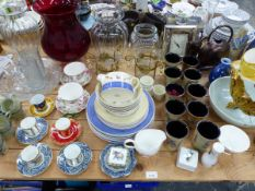 A QUANTITY OF DECORATIVE CHINA AND GLASSAWARES, INC. A WEDGWOOD PART DINNER SERVICE, SARAH'S GARDEN.