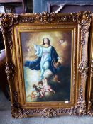 A DECORATIVE PICTURE OF MARY AND ANGELS, SWEPT GILT FRAME, 61 x 92cms.