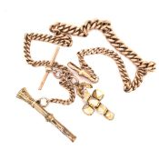 AN ANTIQUE 9ct GOLD GRADUATED CURB WATCH ALBERT WITH ATTACHED T-BAR, MASONIC BALL, AND PROPELLING