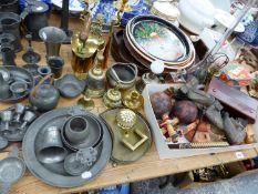 A QUANTITY OF VARIOUS PEWTER WARES, BRASS WARES INC A SWAINE AND ADENEY HUNTING HORN, VARIOUS TRAYS,