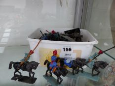 A QUANTITY OF DIE CAST MOUNTED SOLDIER FIGURES.