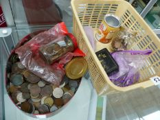 A LARGE QUANTITY OF ANTIQUE AND LATER GB COPPER AND OTHER COINS.