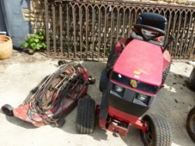TORO WHEEL HORSE 416, 8 SPEED, WITH GOOD CUTTING BED, SPARE BELTS