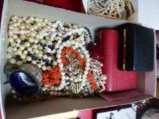 A SILVER AND AMBER BUTTERFLY BRACELET, A STICK CORAL NECKLACE, A SELECTION OF COSTUME BEADS,