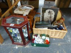 A COLLECTION OF CERAMIC THIMBLES TOGETHER WITH A BASKET OF FRAMES AND OTHER ITEMS