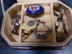 A 19th CENTURY 9ct GOLD PENDANT, A SILVER AND PASTE SET BAR BROOCH, A NIELLO BRACELET, A SILVER