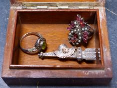 A SILVER VICTORIAN LOVE TOKEN BROOCH COMPLETE WITH KITE MARK TO REVERSE, TOGETHER WITH A SILVER,